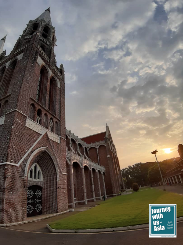 Read more about the article St Mary's Cathedral – the Red Beauty of Yangon