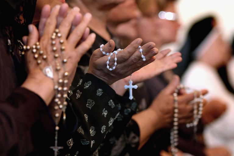 Read more about the article 'How I used the Rosary and Divine Mercy Chaplet to Intercede for others'